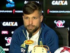 Diego defende Rueda no Flamengo após críticas de Jair do Botafogo