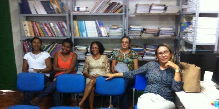 Secretária de Educação faz reunião para criação de Fórum Permanente