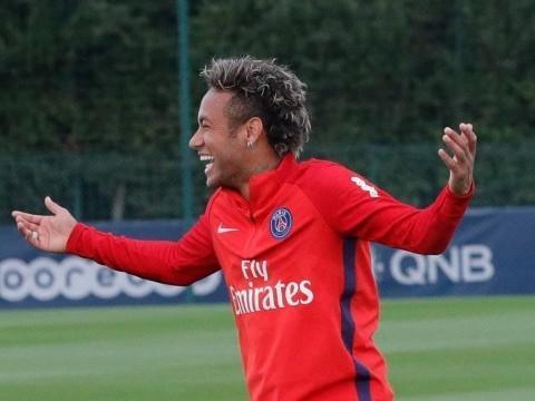 PSG provoca Barça com foto de Neymar sorrindo, diz jornal