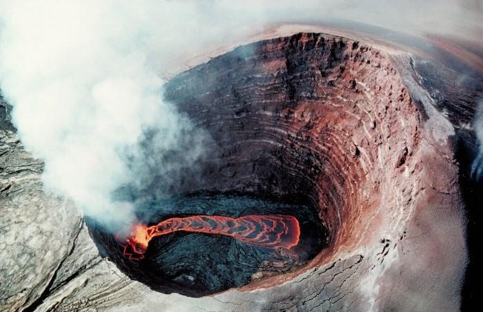 Lava vulcânica (Crédito: Reprodução)