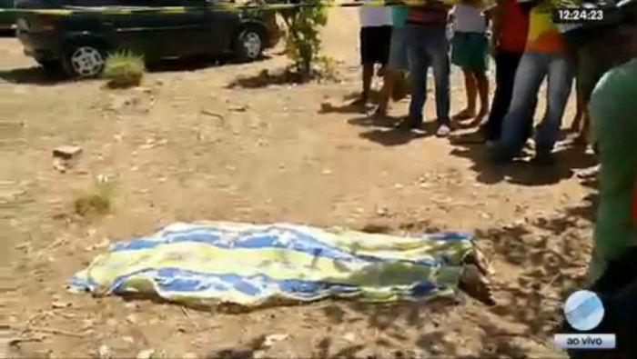 Corpo do adolescente de apenas 15 anos, executado em Teresina (Crédito: Rede Meio Norte)