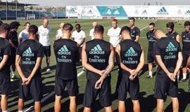 Barcelona e Real Madrid fazem minuto de silêncio em treinos