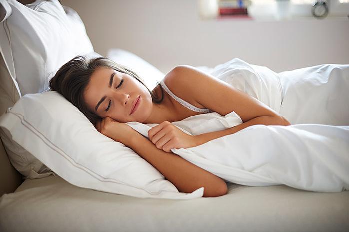 7 coisas que você pode fazer para dormir sem esforço (Crédito: iStock)