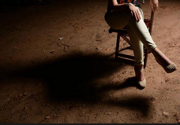 Vítima de estupro coletivo ocorrido há dois anos em Castelo do Piauí (Crédito: Karime Xavier/Folha Press)