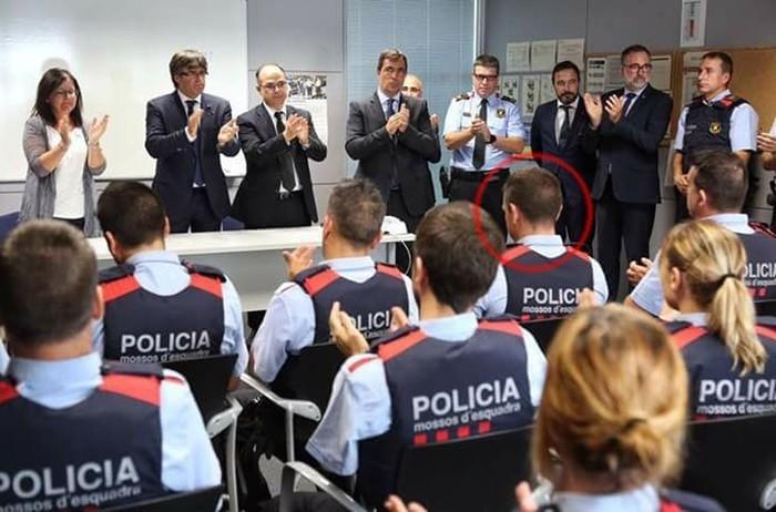 Polícia catalã mantém a identidade dele sob sigilo (Crédito: Twitter/SAP Mossos)