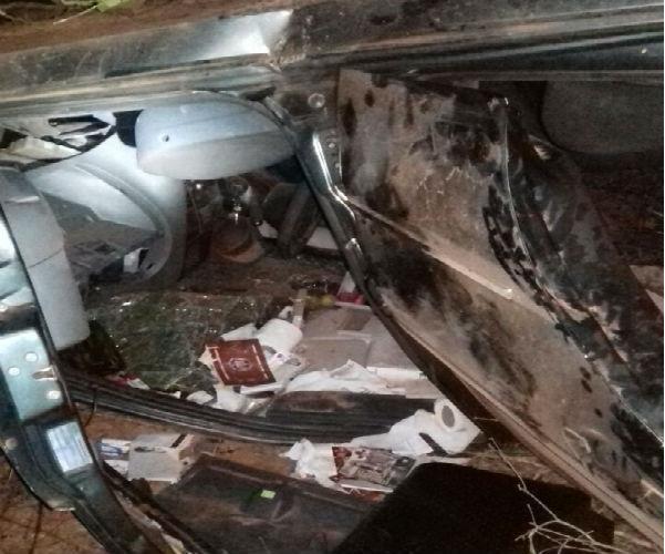 Veículo destruído após acidente que vitimou fazendeiro na BR-135 (Crédito: Portalcorrente)