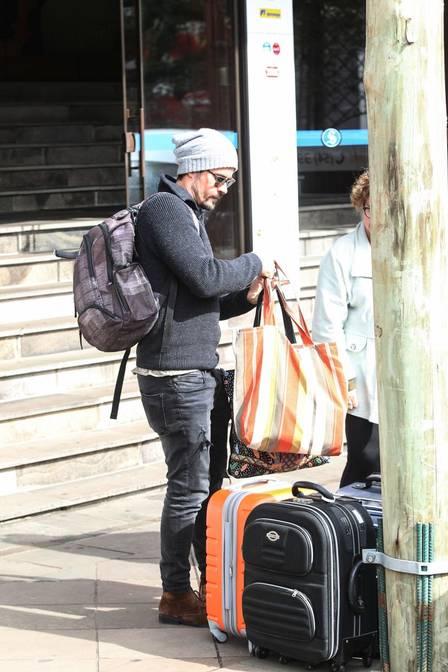 Paulo Vilhena troca de hotel em Gramado para evitar Thayla Ayala (Crédito: Extra)