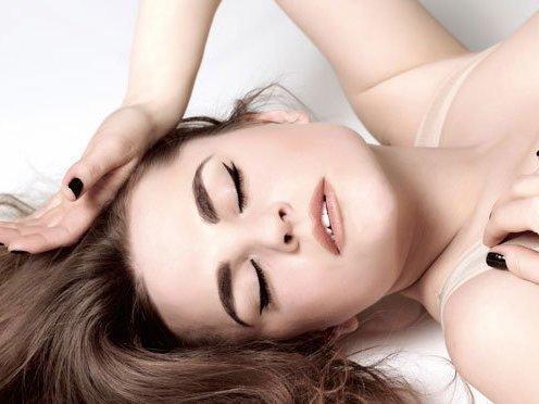 5 posições de masturbação que toda mulher deveria tentar