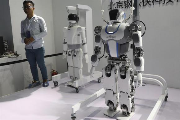 A tecnologia da robótica pode ser utilizada tanto para a paz como para a guerr (Crédito: EFE/Wu Hong)