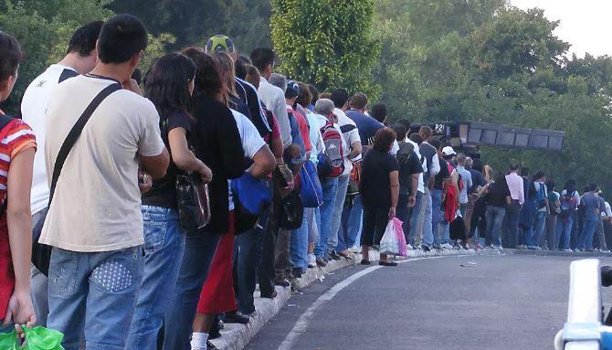 Ciência explica como escolher a fila mais rápida do supermercado (Crédito: Reprodução/Internet)