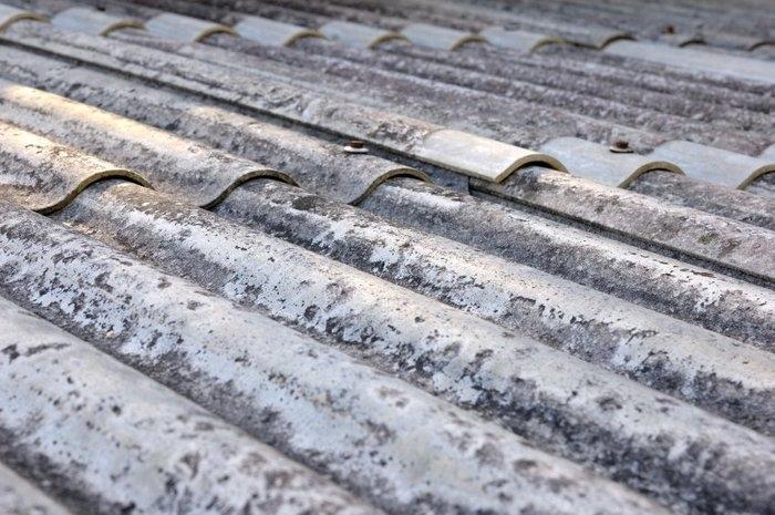 Material é utilizado para produzir telhas (Crédito: Reprodução)