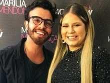 Marília Mendonça é vista aos beijos com ator em bar carioca