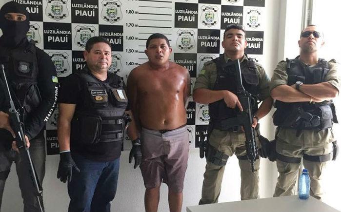Jovem preso após intensa troca de tiros com a polícia em Joaquim Pires (Crédito: Polícia Militar)