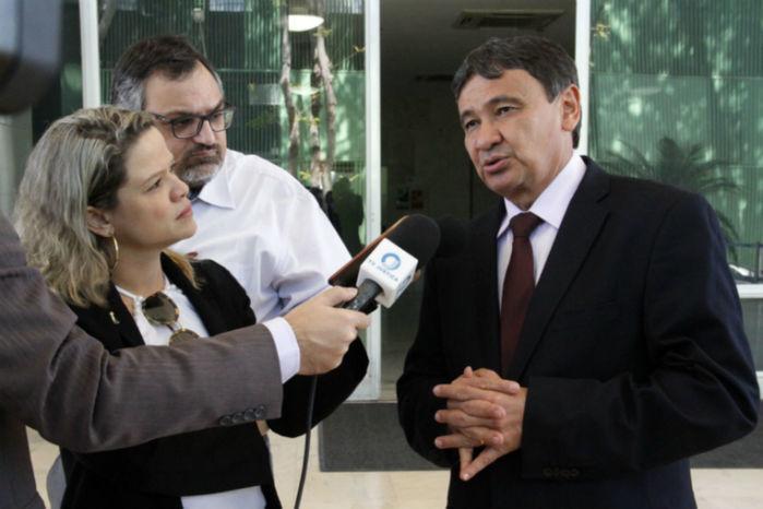Governador fala sobre assuntos tratados na audiência (Crédito: André Oliveira)