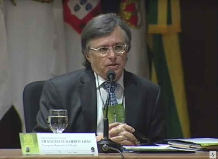 Desembargador aposentado Francisco Barros Dias