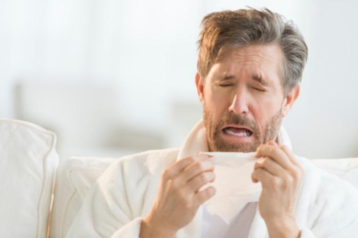Segurar espirro pode fazer mal à saúde  (Crédito: Reprodução)