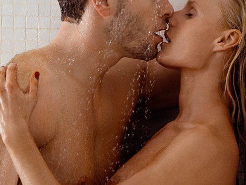 Confira várias dicas para o sexo durante o banho ser inesquecível