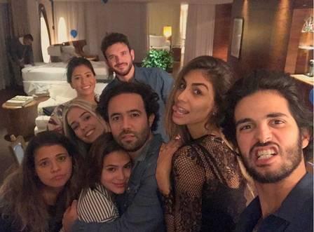 Bruna Marquezine comemora aniversário em hotel de luxo em São Paulo