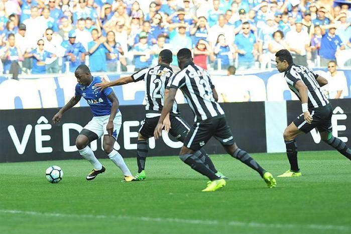 Em duelo de gols perdidos, Cruzeiro e Botafogo empatam
