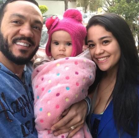 Belo com a neta e a filha (Crédito: Reprodução/Instagram)