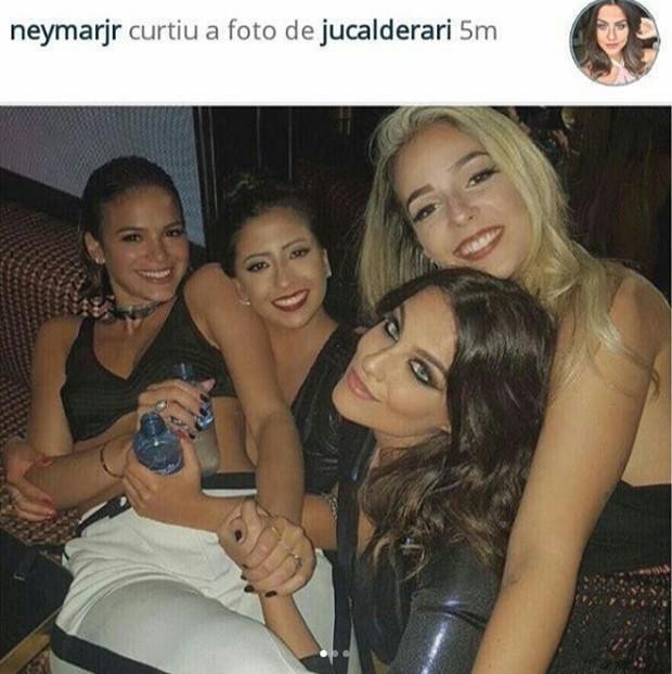 Neymar curte fotos com Bruna Marquezine (Crédito: Reprodução)