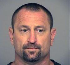 Suspeito usa banheiro durante assalto e é identificado pelo DNA