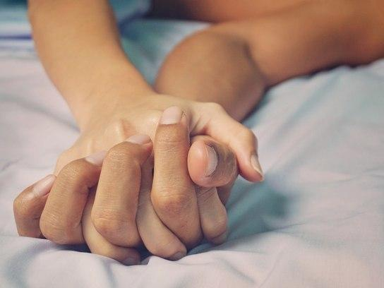 Fingir orgasmos é comum para 26% dos homens; saiba motivo