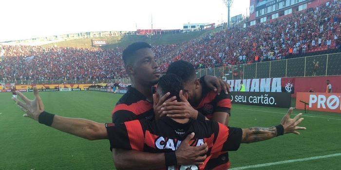 Vitória e Fluminense ficam no empate no Barradão