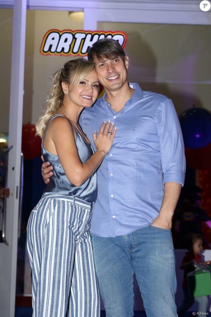 Nasce Manuela, segunda filha da apresentadora Eliana (Crédito: Reprodução/Internet)