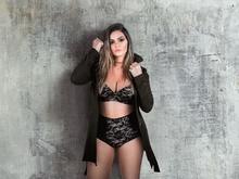 Kelly Key posa de lingerie e exibe boa forma  um mês após dar à luz