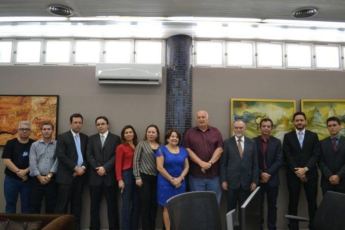 Encontro para firmar acordo entre TCE e Junta Comercial (Crédito: Divulgação)