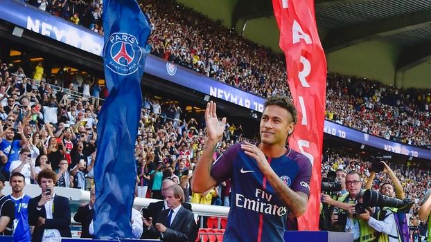 Neymar vai encher o estádio, mas não será barato (Crédito: Getty)