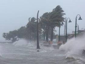 Mulher dà à luz sozinha e filho ganha nome em homenagem a furacão