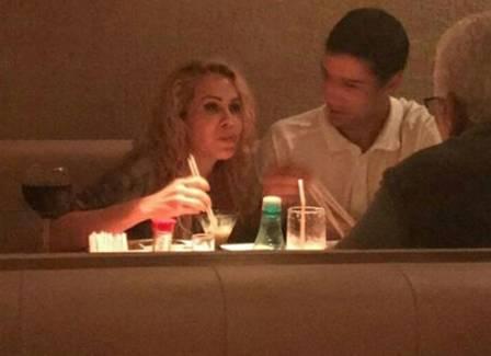 Joelma é flagrada com almoçando com o novo namorado (Crédito: Reprodução)