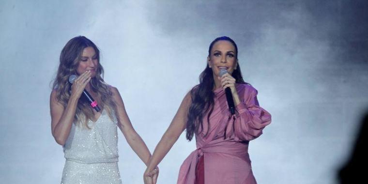 Gisele Bündchen chora e canta com Ivete Sangalo no Rock in Rio