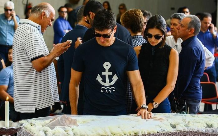 O apresentador e ator Rodrigo faro e sua esposa Vera Viel (Crédito:  Aloisio Mauricio/Foto Arena/Estadão Conteúdo)