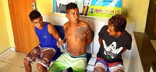 Trio é preso por furto e receptação em Buriti dos Lopes