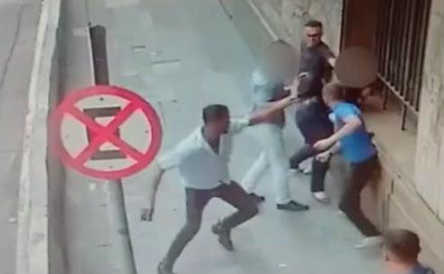 Vídeo mostra ação de grupo especializado em 'saidinha' de banco (Crédito: Reprodução)