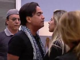 """Fábio Arruda briga Minerato: """"Você é uma macaca, uma marginal"""""""