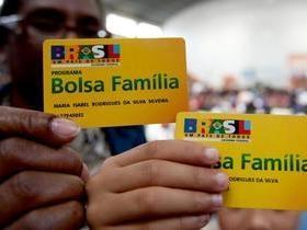 Governo quer incentivar a saída de beneficiários do Bolsa Família
