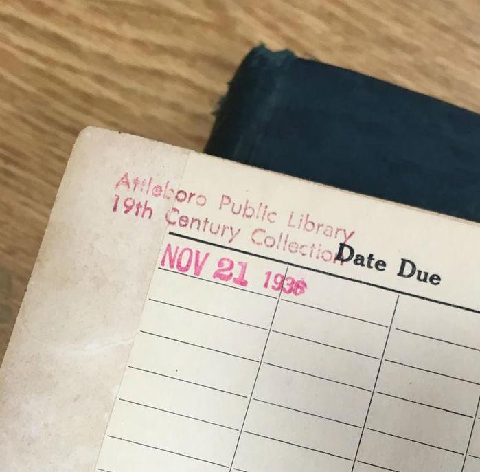 Livro é devolvido a biblioteca pública após 78 anos e 10 meses (Crédito: Reprodução)