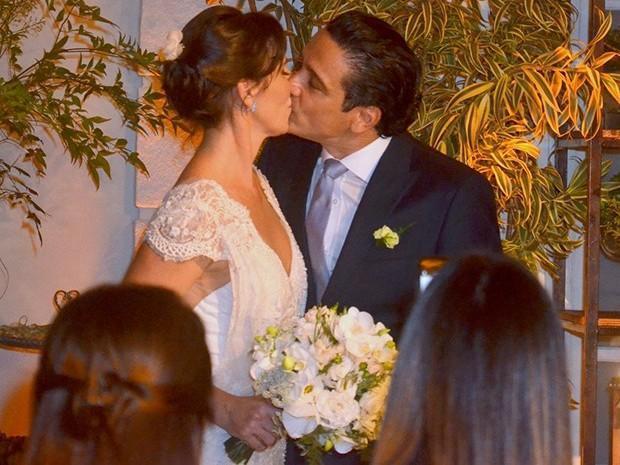 Glenda Kozlovski se casa com dentista em cerimônia no Rio