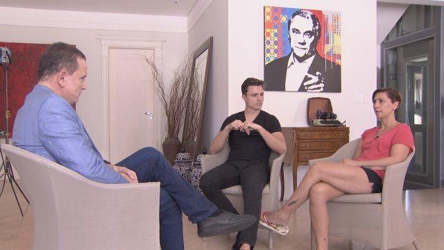 Roberto Cabrini entrevista família de Marcelo Rezende  (Crédito: Reprodução)