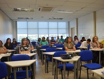 Servidores da Prefeitura de Francinópolis participam de Curso