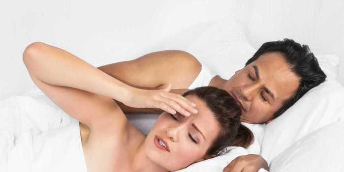 Dor durante o sexo é normal? Especialistas explicam motivos