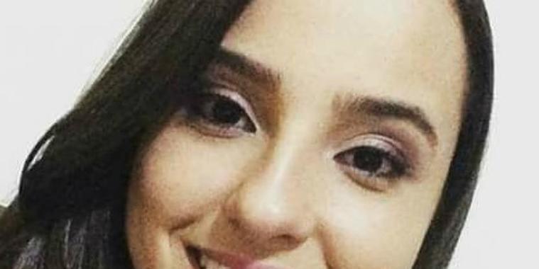 Jovem internada em UTI morre após equipamento cair em sua cabeça