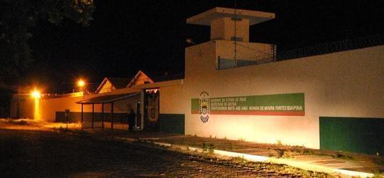Presos quebram cadeados e tentam fugir da Penitenciária de Parnaíba