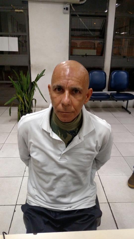 Criminoso foi preso em flagrante (Crédito: Reprodução/Polícia Militar)