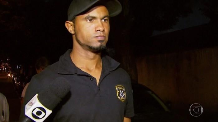 Após reduzir pena de Bruno, advogado tenta regime semiaberto para este ano