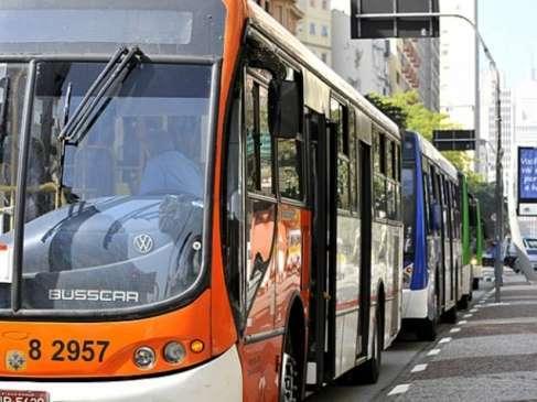 CCJ aprova pena de até 6 anos para agressão sexual em ônibus